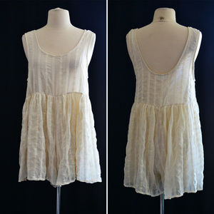 Pants - Ivory Eyelet Sleeveless Romper Size Large